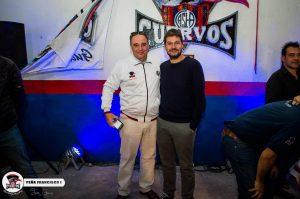 Cuervo fanático: acá, junto a Matías Lammens, presidente de San Lorenzo, en Gualeguaychú.