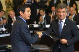 Urribarri-Chinos-acuerdo1