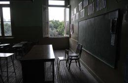 Paro de Amsafe. Algunas escuela, como el Normal 1 dieron clases, aunque con muy poca asistencia de alumnos y maestros. Salon de escuela vacío. LA CAPITAL/Héctor Rio (Rosario - Argentina - Tags: Ciudad)