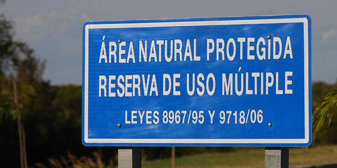cartel-area-protegida