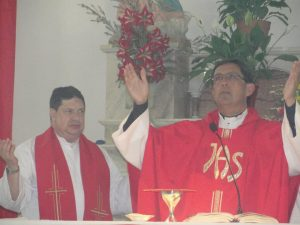 Marcelino Moya junto a Escobar Gaviria.