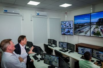 monitore02
